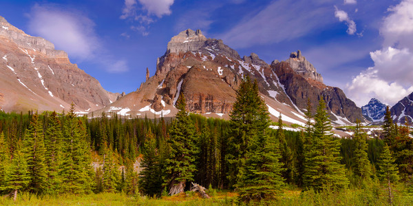Pinnacle Peak.Canadian Rockies|Banff National Park|Rocky Mountains|