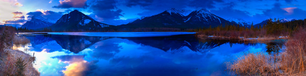 Bow Valley.in Spring and Blue Hour.