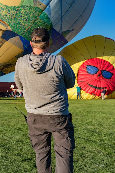 Balloons Over Bend IV (161494LSND8-S) Photograph for Sale as Fine Art Print