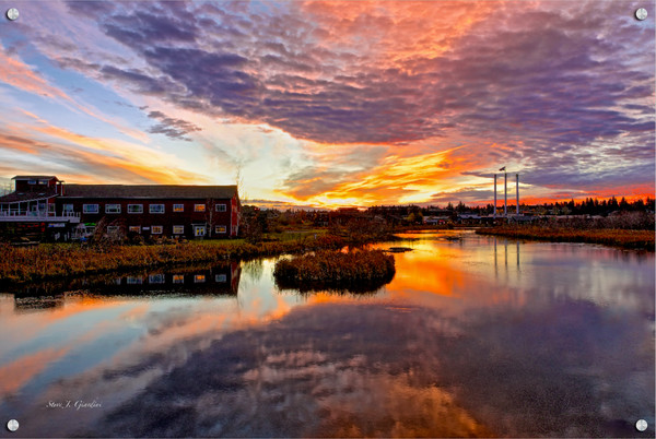 Bend Sunrise (131057LND8) Photograph for Sale as Fine Art Metal Print w/Acrylic Overlay & Stainless Steel Corner Posts