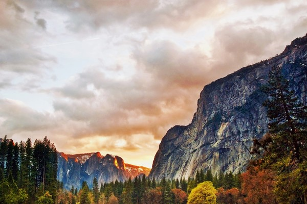 Yosemite Sunset Art Photographs.