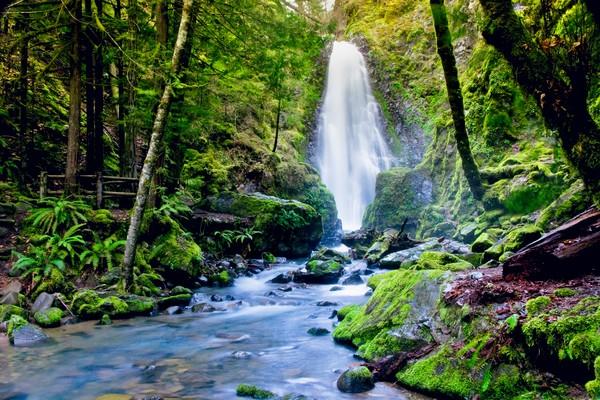 Oregon Waterfall Art Photographs.