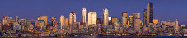 Panoramic view of a Moonrise, Seattle