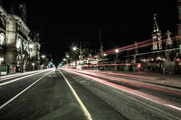 ottawa-parliament-at-night