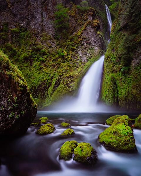 Mighty Wahclella Falls