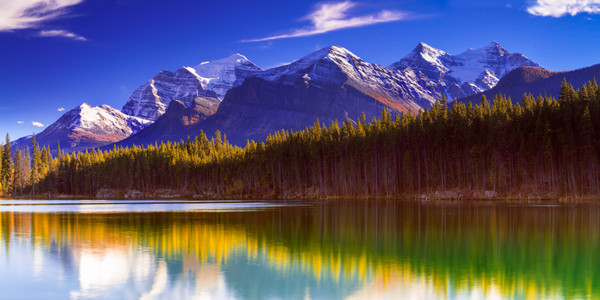 Herbert Lake and Temple Mountain. Canadian Rockies|Banff National Park| Rocky Mountains|