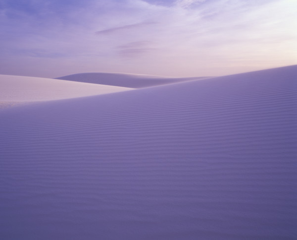 Gypsum sand dunes in White Sands National Monument near Alamogordo, New Mexico