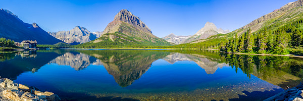 Swiftcurrent Lake, Montana, USA