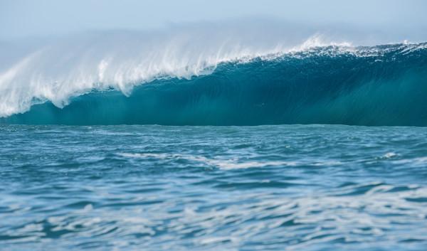 cloudbreak fiji wave print aqua bomb