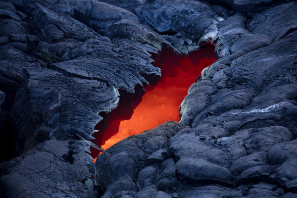 Lijah Hanley Bleeding Heart Lava