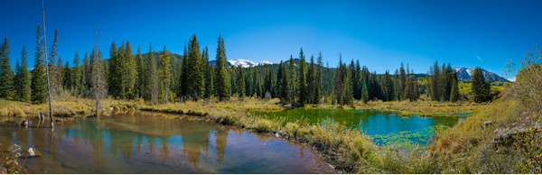 Panoramic photograph of Alpine Ponds Crested Butte Colorado