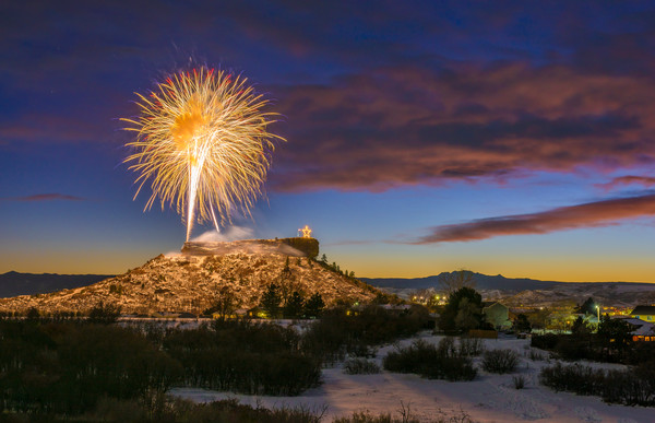 Picture of Castle Rock CO Fireworks During Starlighting Ceremony