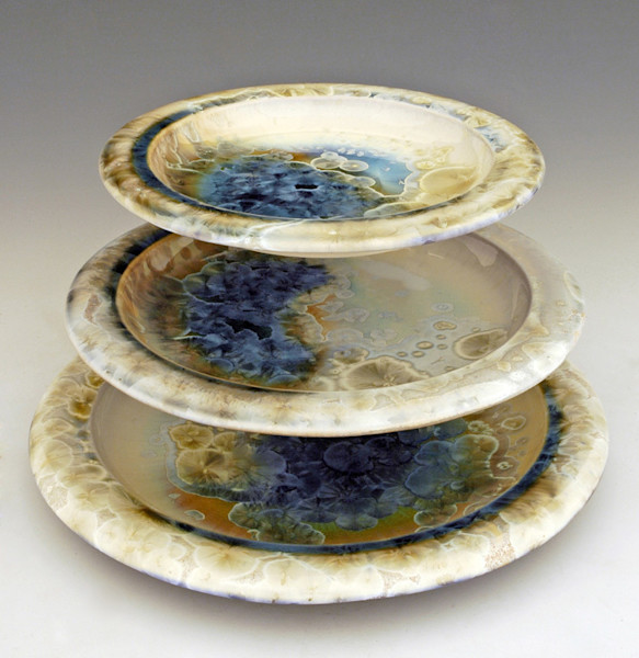 classic dinnerware plate