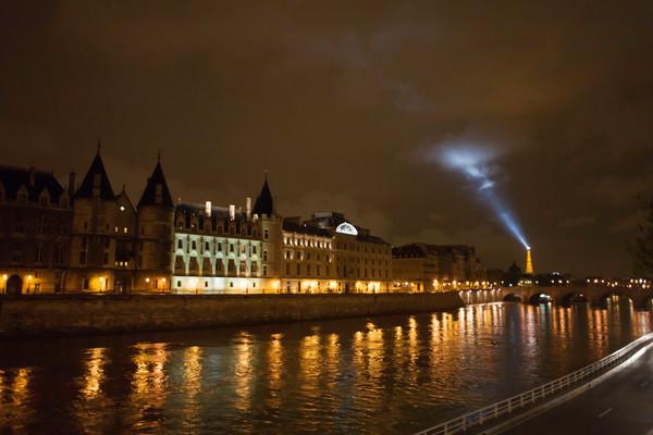 La Conciergerie and Eiffel Tower Beacon, Paris