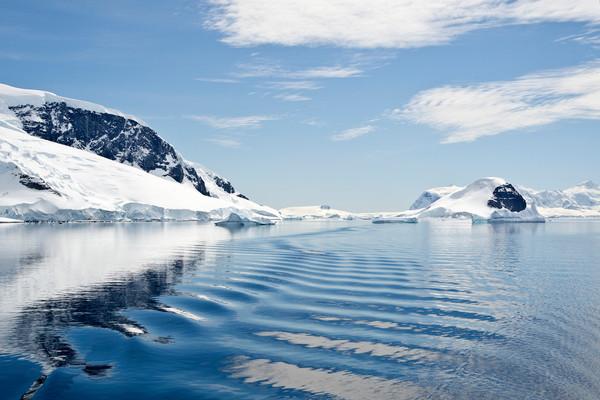 Ripple, Melchior Island, Antarctica