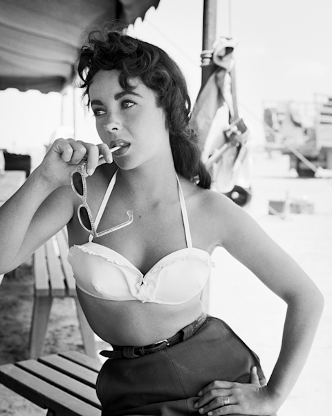 Elizabeth Taylor with Sunglasses on the Set of Giant