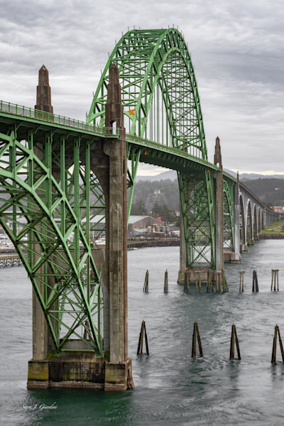 Yaquina Bay Bridge (161599RBND8) Photograph for Sale as Fine Art Print