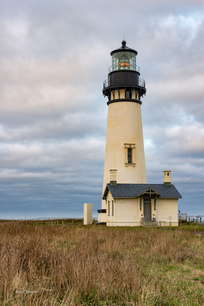 Yaquina Head Lighthouse II (161606LND8-P) Oregon Lighthouse Steve J. Giardini