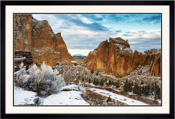 Black Butte View (151344LNND8) Smith Rock State Park Steve J. Giardini