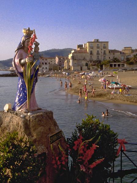 Fresh flowers adorn Madonna della Mare at Santa Maria Castellabatte, Italy.