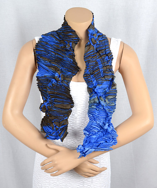 Ripple Scarf in Blue and Green