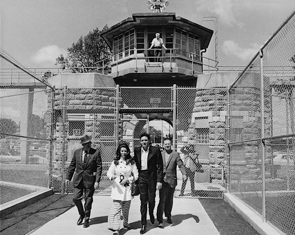 Johnny Cash at Levenworth Prison