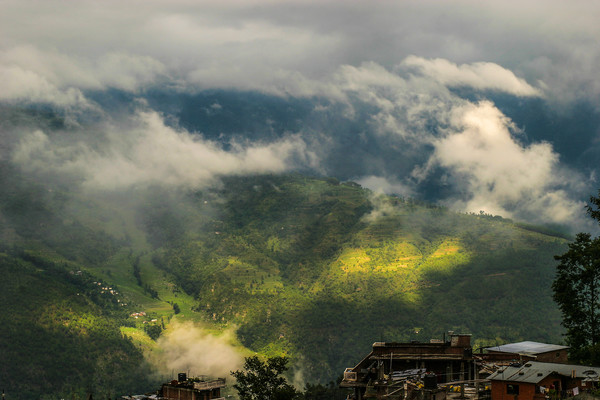 Himalayan Mountains In The Clouds