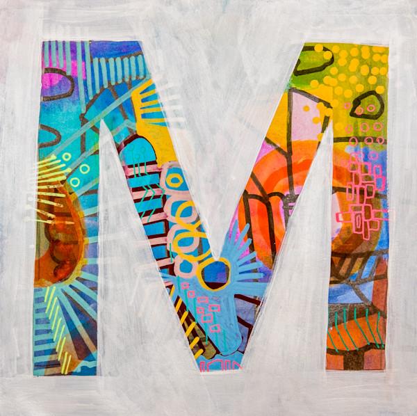 Helvetica M