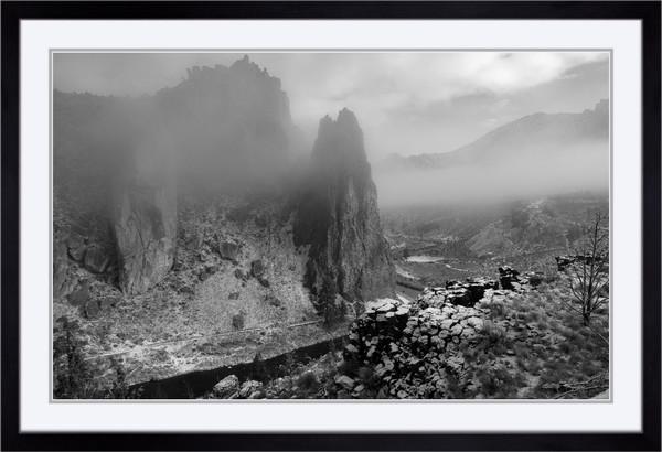Smith Mist (141037LNND8) Smith Rock State Park Steve J. Giardini