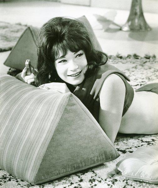 Original Vintage Press Print Shirley MacLaine
