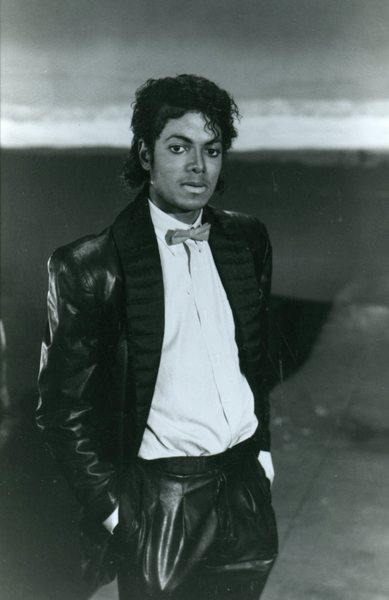 Original Vintage Press Print Michael Jackson posing seriously