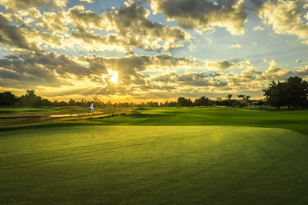 Sunrise on Ambiente's 3rd Green