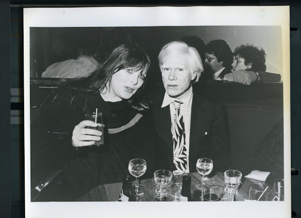 Original Vintage Press Print Andy Warhol getting drinks famous artist friends