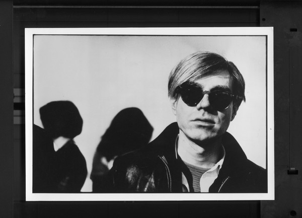 Original Vintage Press Print Andy Warhol famous artist wearing sunglasses