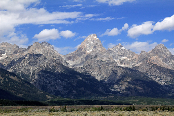 Grand Teton & flanking peaks form the Cathederal Group (with Teewinot & Mt. Owen in the center)