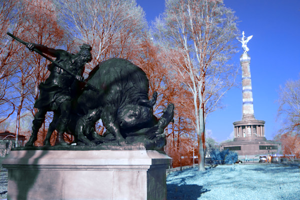 Buffalo hunt, Statue, Tiergarten, Victory Column