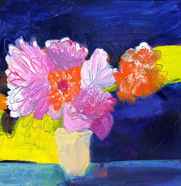 There is a textural feel to this gorgeous abstract floral image by artist Ruth-Anne Siegel. In Dance, Ruth-Anne paints her flowers over the top of the layers, adding marks and expressive strokes which add to the uniqueness of this painting.