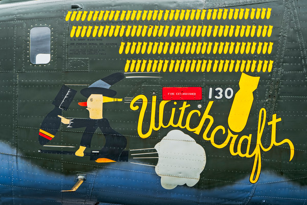 B-24 WW2 War Bomber Witchcraft combat Restored fleblanc