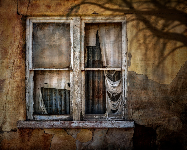 Echoes of the Past | d'Ellis Photographic Art photographs, Elsa