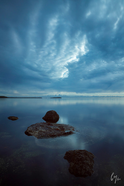 Waterscape Photography of Rocks and Oyster Flats | Constance Mier Photography
