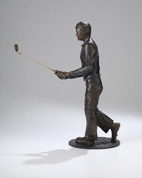Buy a sculpture of Tom Watson winning the 1982 US Open, Robin Richerson, Bronze