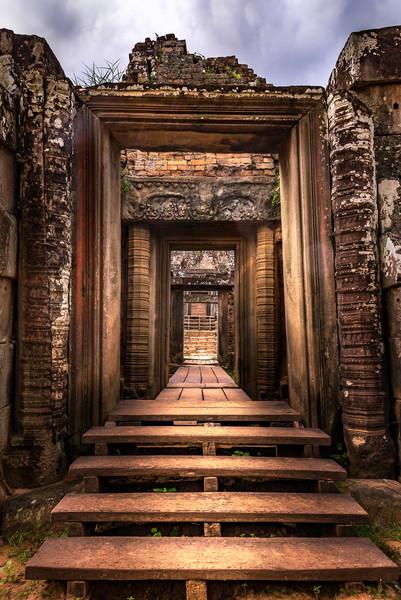 Cross the Threshold | Angkor Wat | Susan J Photography