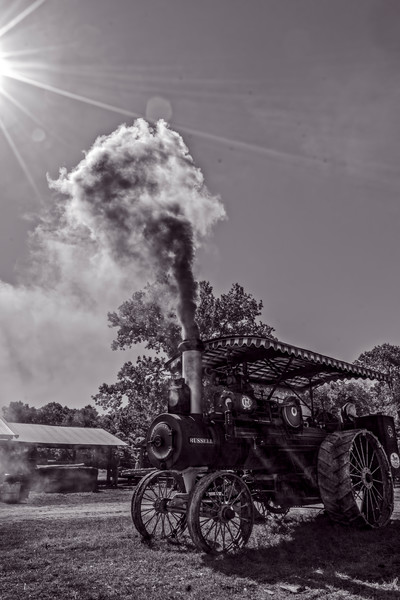 Art Photograph Smoking Russell Steam Tractor v5 fleblanc