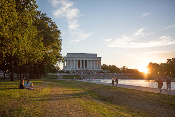 Lincoln Memorial and Mall at Sunset Photo by Barb Gonzalez Photography