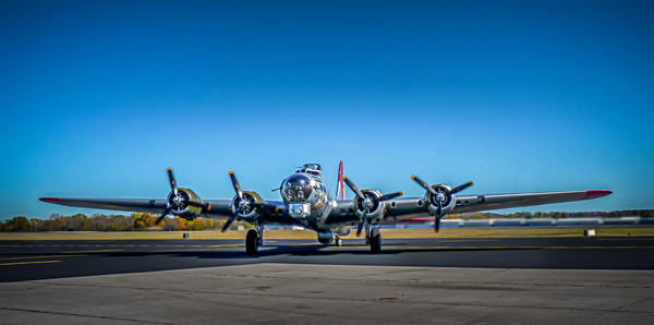Art Photograph Boeing B-17 Flying Fortress WW2 Bomber fleblanc