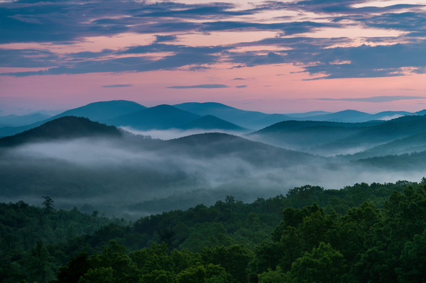 Blue Ridge Parkway,Skyline Drive. Blue Ridge Mountains, Sunrise,Sunset, BRPKWY,SNP.Shenandoah National Park