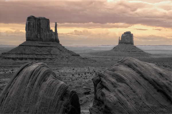 Monument Valley Grand View photograph by Richard Stefani for sale – Stefani Fine Art