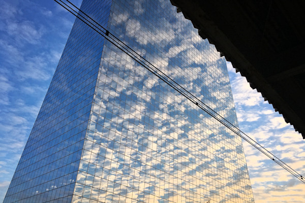 Gorgeous Cloud Reflections Cira Centre. Richard London