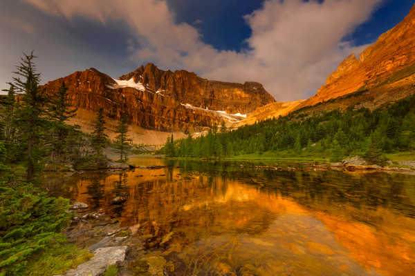 Golden Hour at Skoki Lakes. Canadian Rockies|Banff National Park|Rocky Mountains|
