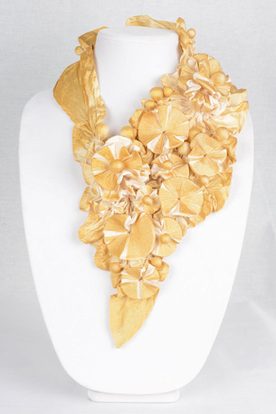 Reef in Cream and Gold with Gold Sparkles